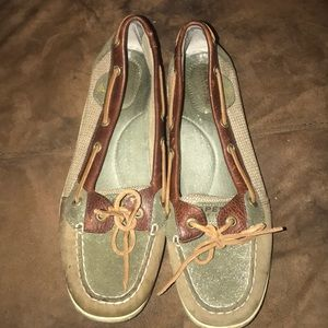 Sperry Woman's Shoes Size 9.5